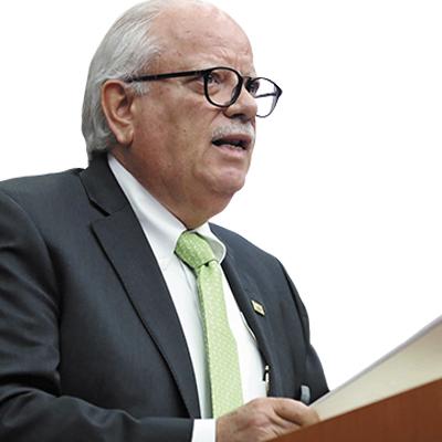 <div>José Refugio Muñoz, <span>Vicepresidente Ejecutivo, CANACAR</span></div>